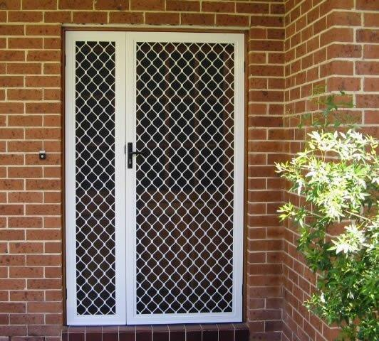 A non-Panther Protect typical 7mm diamond grill security door.